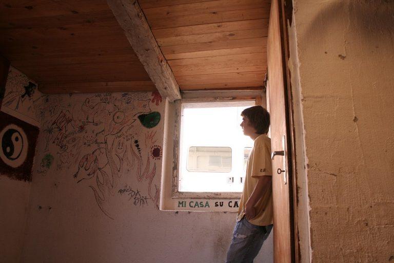 ADOLESCENZA: prepararsi bene prima dell'uso e non disperdere nell'ambiente risposte tossiche.